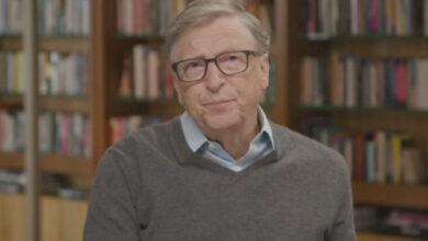Photo of Билл Гейтс адамдарды жаппай чиптеу туралы айыптарға жауап берді