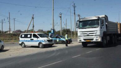 Photo of Түркістан: Аса ауыр жүк тиеген көліктерге айыппұл салынды