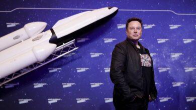 Photo of Илон Маск вновь стал самым богатым человеком мира по версии Bloomberg