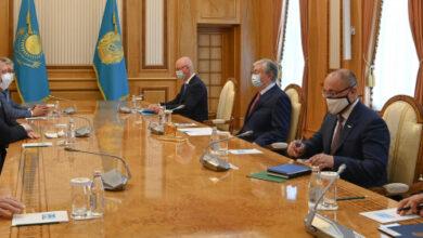 Photo of Глава государства принял губернатора Астраханской области России